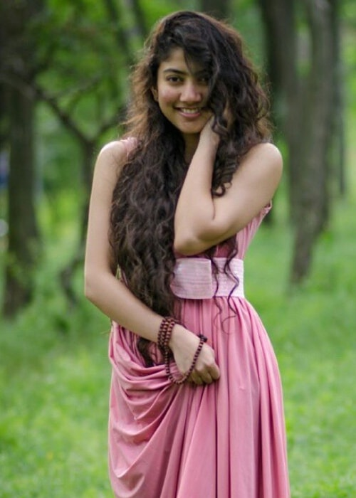 Sai Pallavi Height, Weight, Age, Body Statistics - Healthy -9309