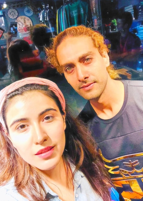 Sheena Bajaj as seen in a selfie with her beau Rohit Purohit in September 2018