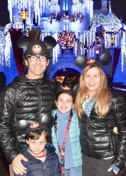 Abby Ryder Fortson as seen in a picture with her father John, mother Christie, and younger brother Joshua in Disneyland in December 2018