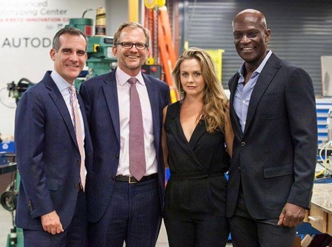 From Left to Right - Matt Walsh, Matt Petersen, Alicia Silverstone, and Peter Mensah as seen while posing for a picture during an event in October 2017