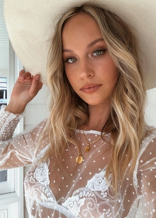 Olivia Mathers as seen while wearing a hat and taking a stunning selfie in Gold Coast, Queensland, Australia in June 2019