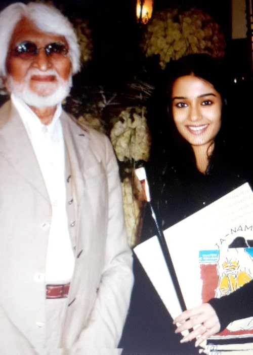 Amrita Rao as seen with the legendary painter MF Hussain in Dubai in July 2017