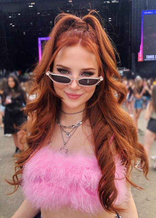Chloe Jane as seen while posing for a stunning picture at The Governors Ball Music Festival held on Randall's Island in New York City, New York, United States in 2019