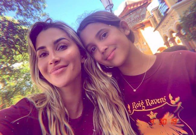 Claudia Sampedro (Left) and Keana Skye in a selfie as seen in May 2019