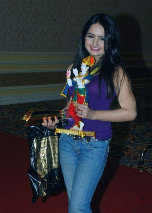 Giaa Manek as seen in a picture taken at the Star Pariwar Awards in 2011