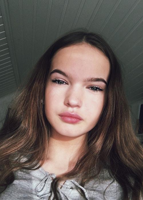 Hanna Elisabeth as seen in a selfie taken in January 2018