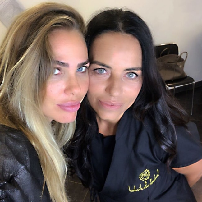Ilary Blasi as seen in an Instagram selfie with Anna Maria Finelli in September 2018