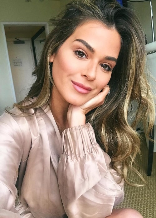 JoJo Fletcher as seen while taking a New Year selfie in January 2019