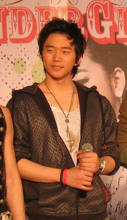Junho as seen in February 2009