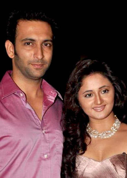 Nandish Sandhu and Rashami Desai as seen in a picture taken at the Telly Chakkar Talent Awards in May 2012