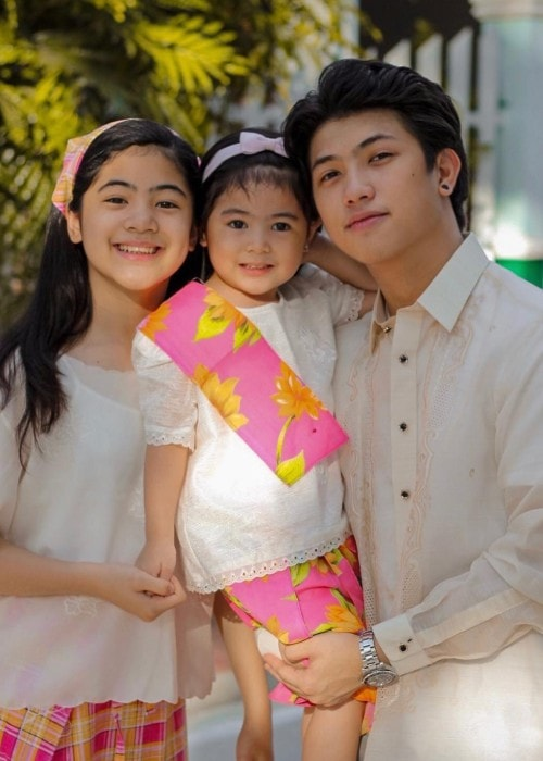 Ranz Kyle with his siblings as seen in March 2019