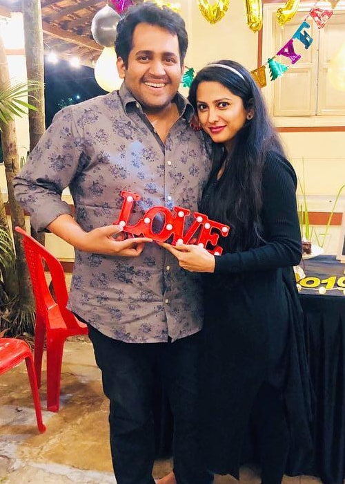 Rucha Hasabnis as seen in a picture with her husband Rahul Jagde in January 2019
