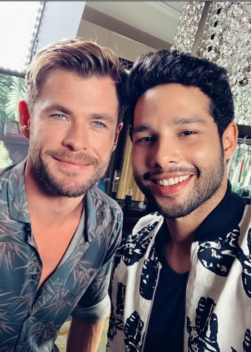 Siddhant Chaturvedi as seen in a selfie with American actor Chris Hemsworth in May 2019