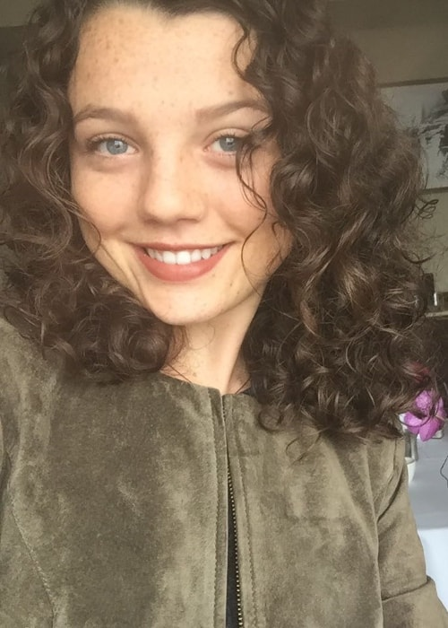 Stefania LaVie Owen as seen while taking a selfie in October 2016