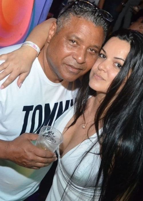 Stevie B as seen while posing with Paula Hill at Coco Mambo Recreio in May 2019