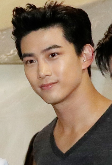 Taecyeon as seen at the Korea Sale Festa Opening Ceremony in September 2016