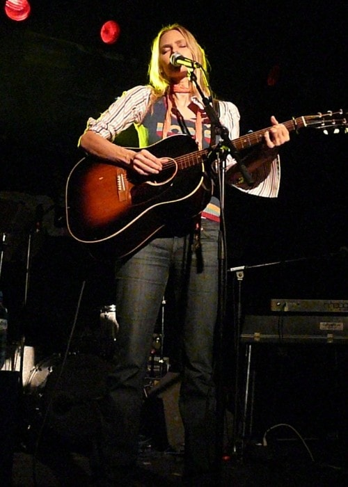 Aimee Mann performing on stage as seen in October 2008