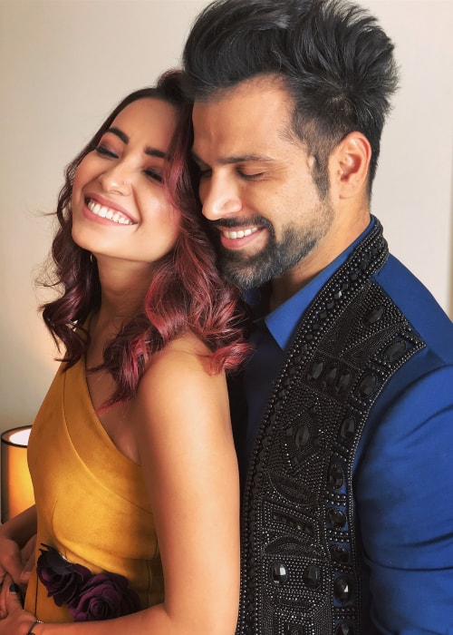 Asha Negi as seen in a picture taken with her beau Rithvik Dhanjani in February 2018