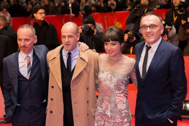 Danny with the cast from T2 Trainspotting Anjela Nedyalkova, Jonny Lee Miller, and Ewen Bremner at the Berlinale in 2017