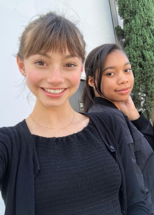 Lauren Lindsey Donzis as seen while taking a selfie along with her friend and actress, Kyla-Drew