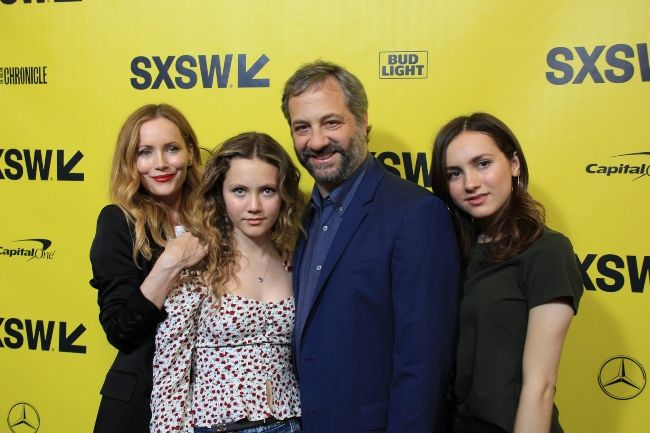 Maude with her parents Judd Apatow, Leslie Mann, and sister Iris Apatow at the SXSW red carpet premiere of the film Blockers in 2018
