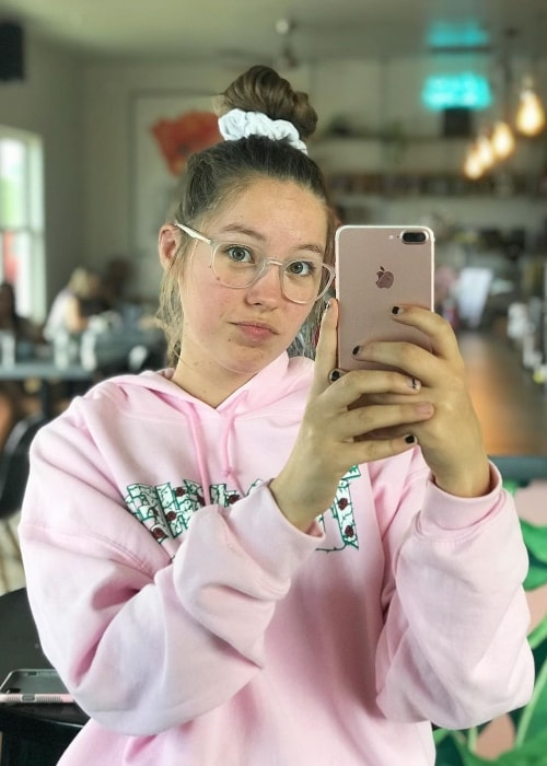Peyton Coffee as seen while taking a mirror selfie in May 2019