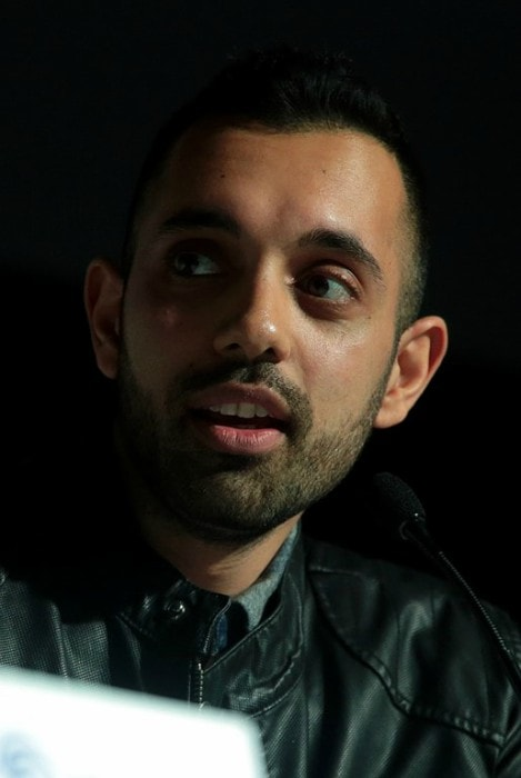Sachin Sahel speaking at the 2018 WonderCon