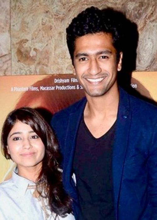 Vicky Kaushal posing with his Masaan co-star Shweta Tripathi in 2015