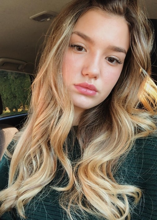Ali Skovbye as seen while taking a Sunday car selfie in November 2018