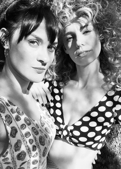 Esther Acebo (Right) as seen in a black-and-white selfie along with actress Irene Rubio at the Cordelia Spring Summer 2019 in April 2019