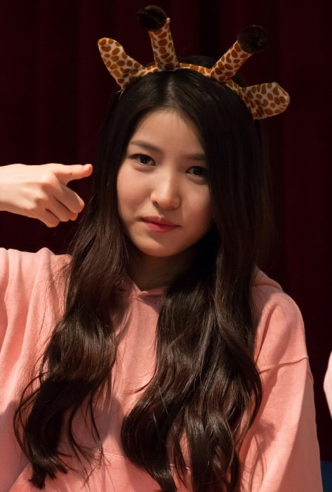 Kim So-jung (Sowon) as seen while posing for the camera during an event in March 2015