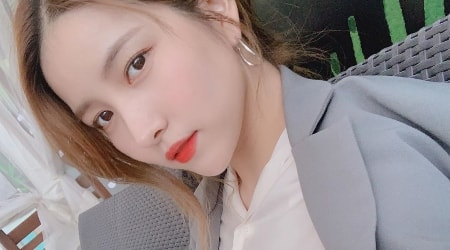 Kim So-jung (Sowon) Height, Weight, Age, Body Statistics