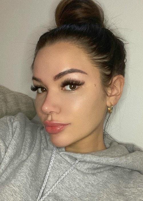 Genesis Lopez in an Instagram selfie as seen in October 2019