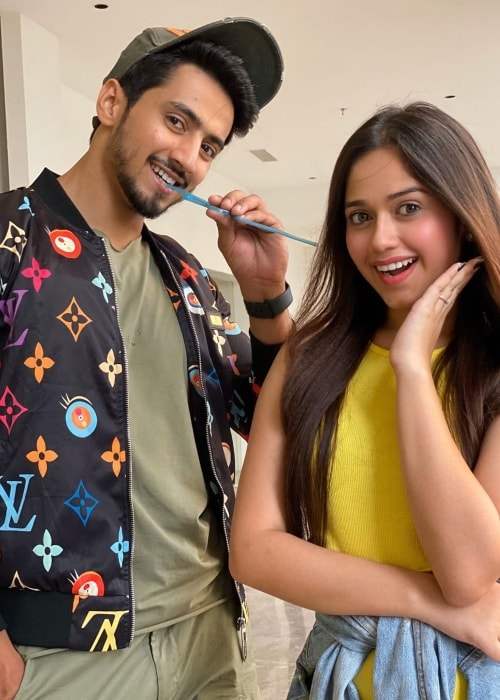 Jannat Zubair Rahmani as seen in a picture with her co-star Faisal Shaikh in October 2019