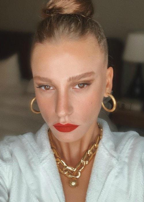 Serenay Sarıkaya in an Instagram selfie as seen in July 2019