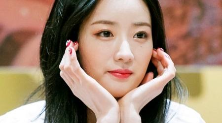 Yoon Bo-mi Height, Weight, Age, Body Statistics
