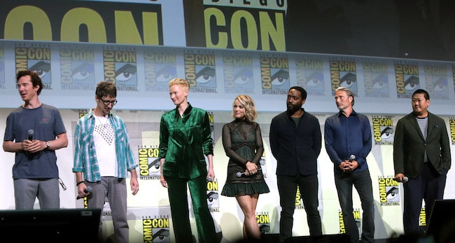 Benedict Wong with fellow actors at the 2016 San Diego Comic-Con International