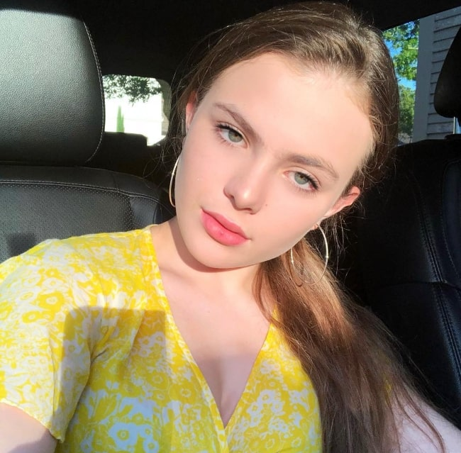 Chiara Aurelia as seen while taking a sun-kissed car selfie in July 2018