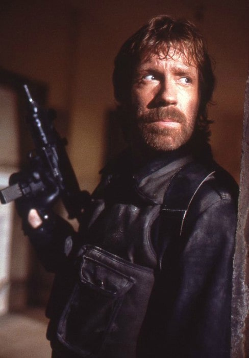 Chuck Norris on the set of The Delta Force (1986)
