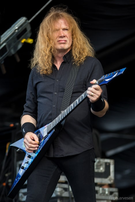 Dave Mustaine in Megadeth performing during the River City Rockfest at the AT&T Center in San Antonio, Texas on May 2016