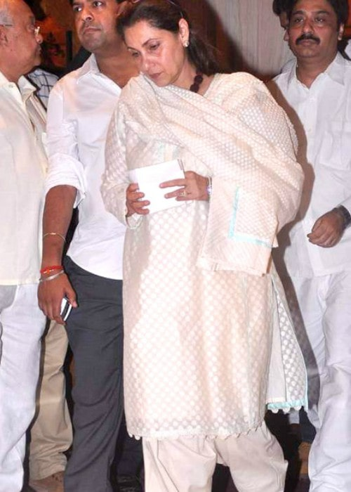 Dimple Kapadia at Rajesh Khanna's prayer meet in 2012