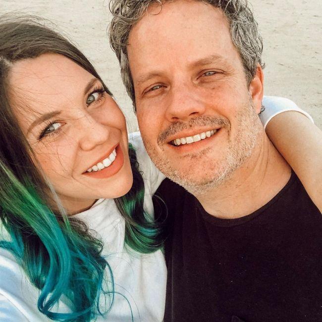 Hannah seen with her husband Matt Graber in July 2019