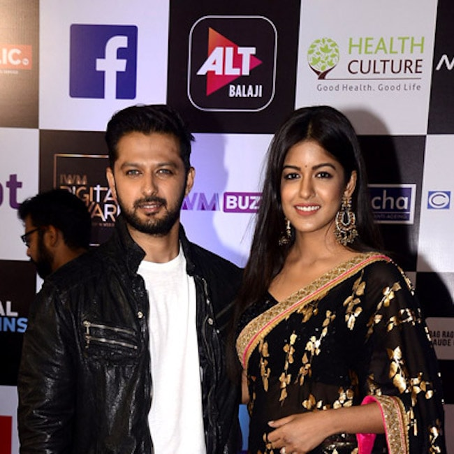 Ishita Dutta with Vatsal Sheth at Alt Balaji's Digital Awards 2018