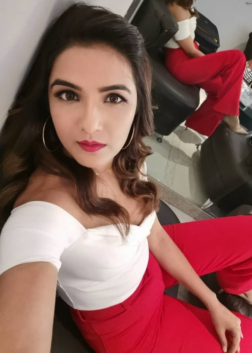 Jasmin Bhasin as seen in a selfie taken at the Reliance MediaWorks Limited in Mumbai in July 2019