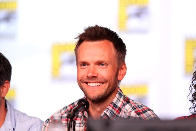Joel McHale speaking at the 2012 San Diego Comic-Con International in California