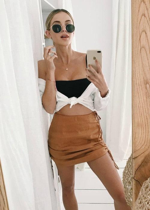 Kaitlynn Carter in a selfie in August 2018