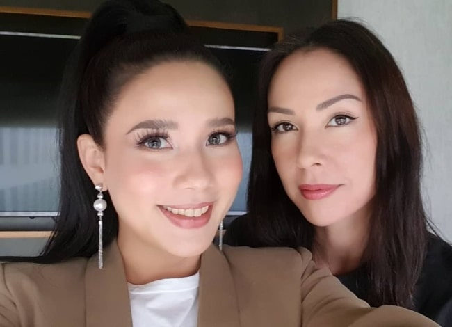 Karylle as seen while taking a selfie alongside Cindy Kurleto at Shangri-La at the Fort in Metro Manila, Philippines in September 2019