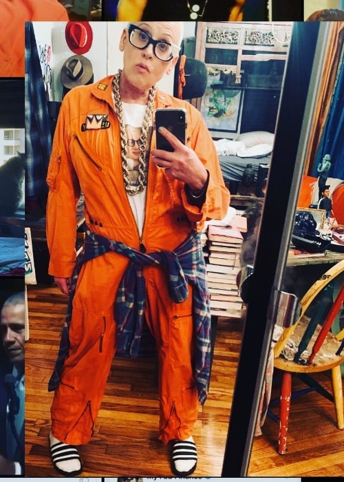 Lori Petty as seen while taking a mirror selfie at Venice Beach in Los Angeles, California in October 2019