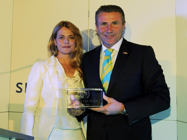 Nastassja Kinski as seen while posing for a picture alongside Sergej Bubka in August 2009
