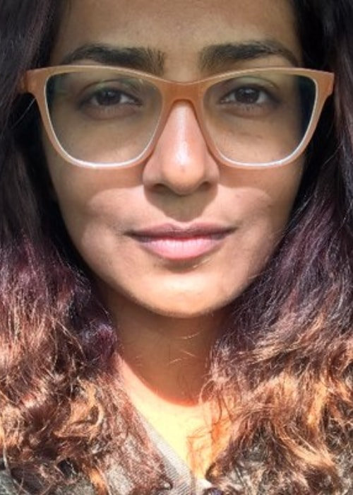 Parvathy Thiruvothu as seen in a selfie uploaded as her Twitter profile picture as of November 2019